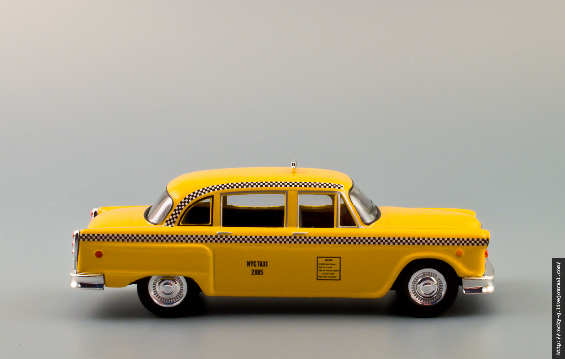 Такси Фиби Буффе/Phoebe Buffay's 1977 Checker Taxi