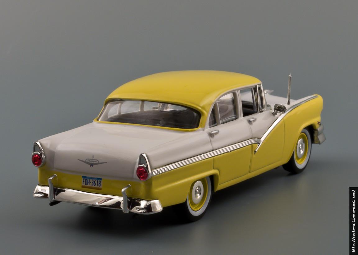 Ford Fairlane 1956