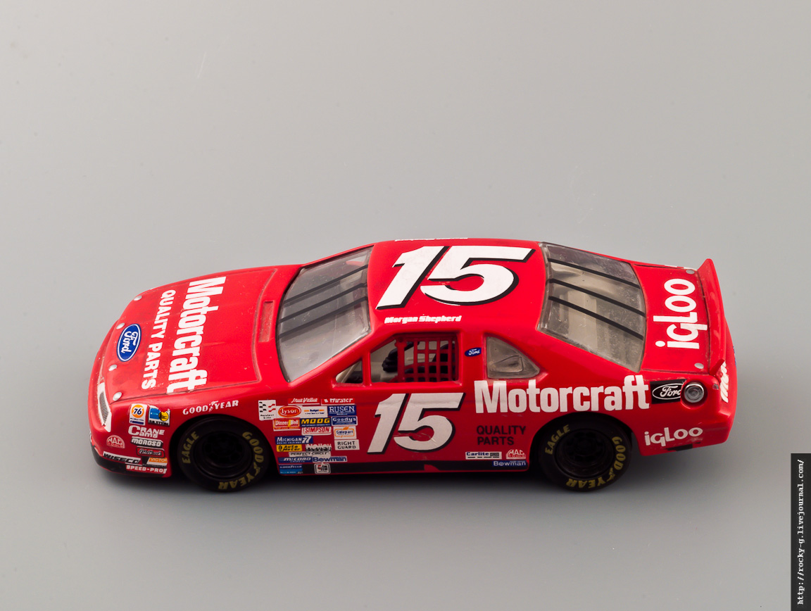Ford Thunderbird NASCAR #15 Morgan Shepherd