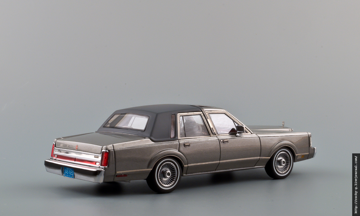 Lincoln Town Car 1986