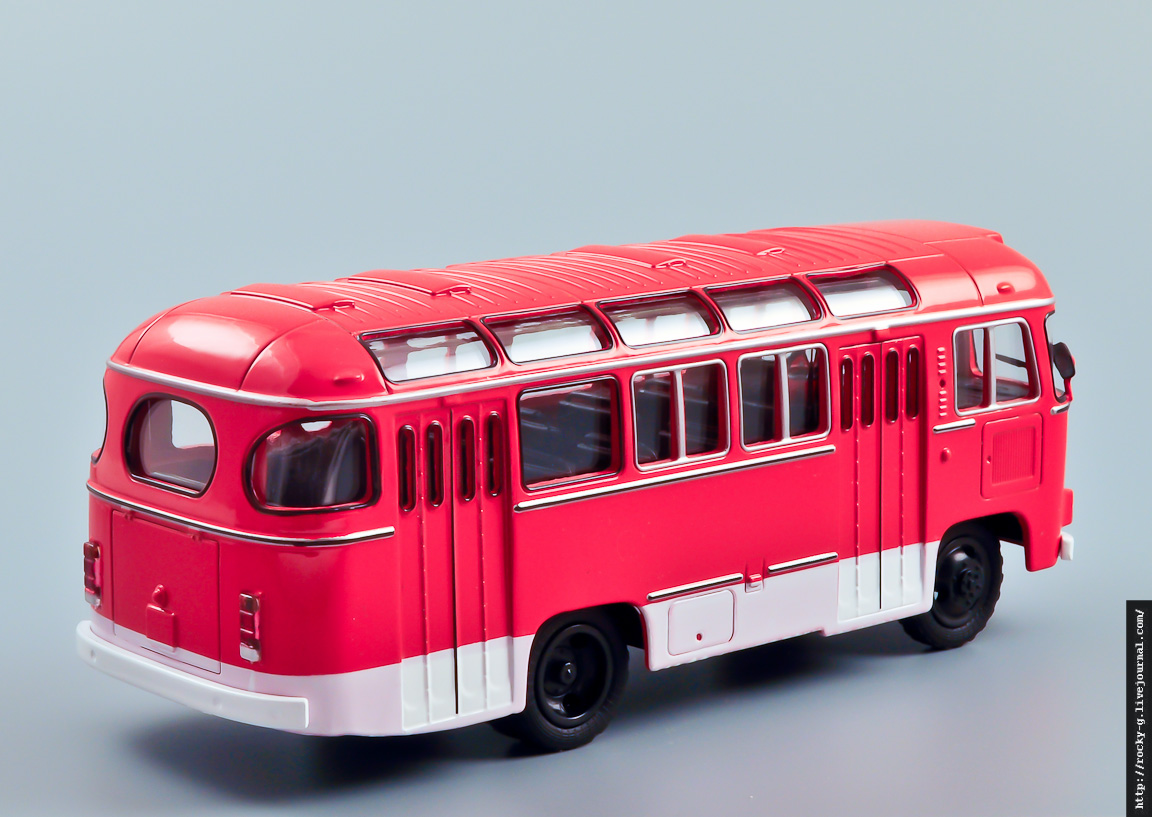 ПАЗ-672М