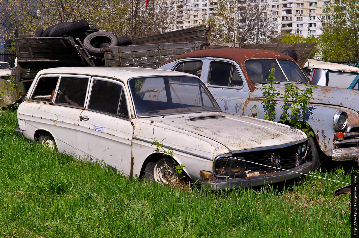 Всероссийский Парад старинных автомобилей и мотоциклов - «РЕТРОМОТОР». Ломаковский музей старинных автомобилей и мотоциклов