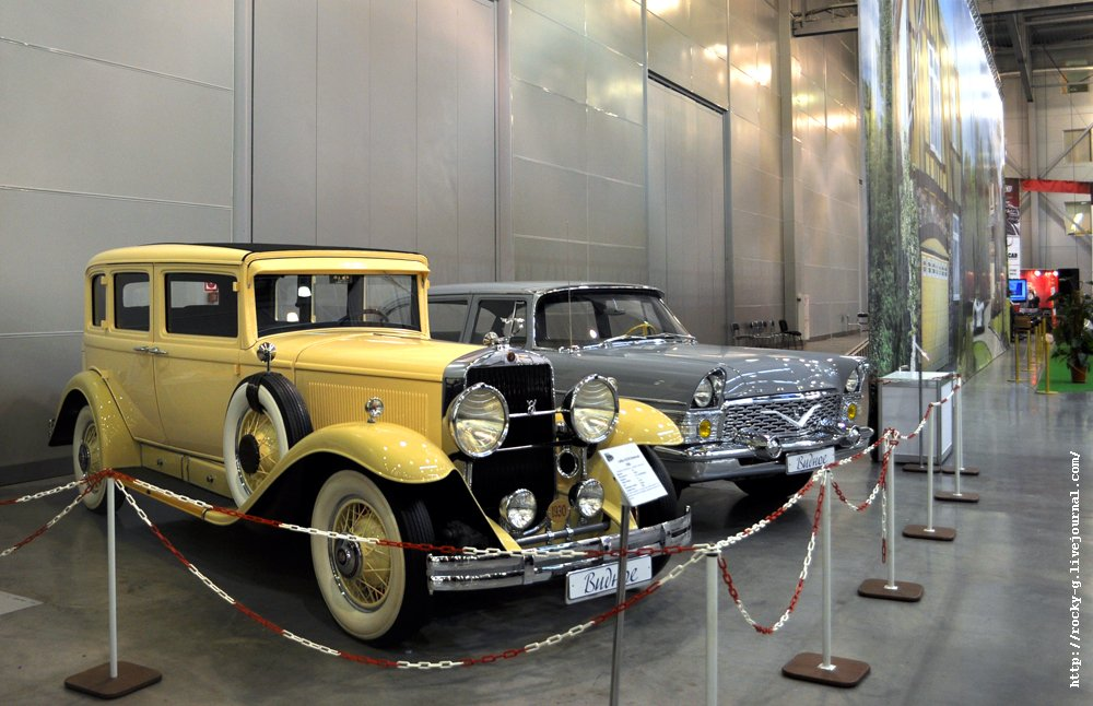 Cadillac 353 V8 и ГАЗ-13 «Чайка»