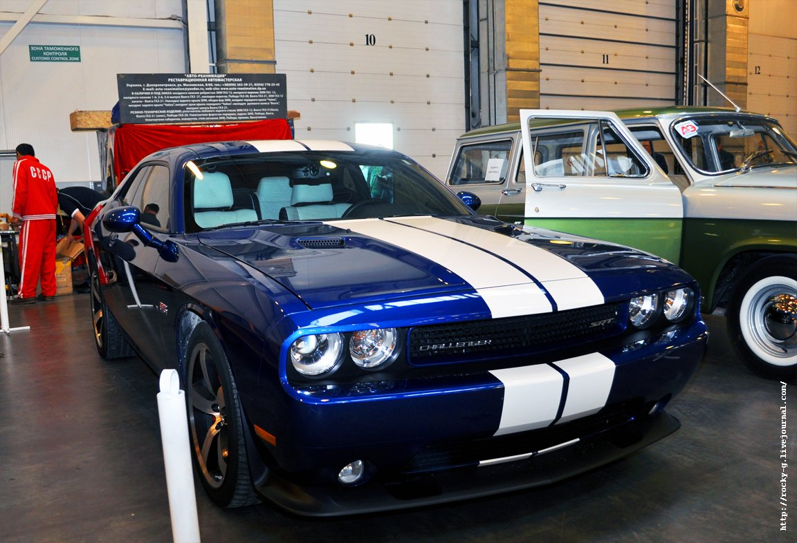 XX Олдтаймер галерея - Dodge Challenger