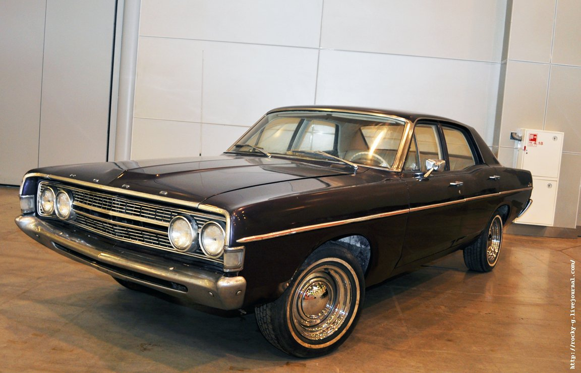 XX Олдтаймер галерея - Ford Fairlane